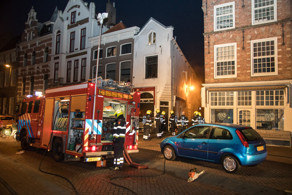 Brand in restaurant Berkenrodesteeg in centrum van Haarlem