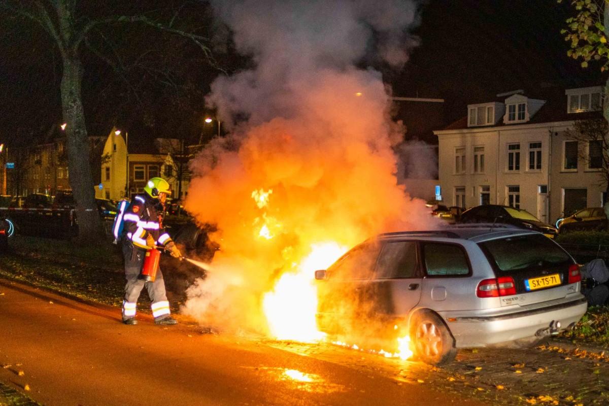 Twee autobranden Herensingel Haarlem