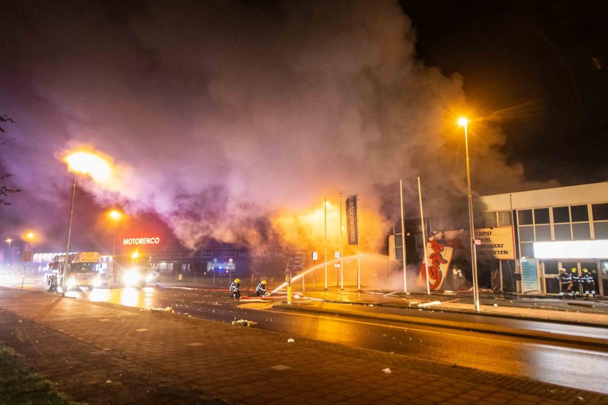 Explosie in tapijtwinkel Carpetright in Beverwijk