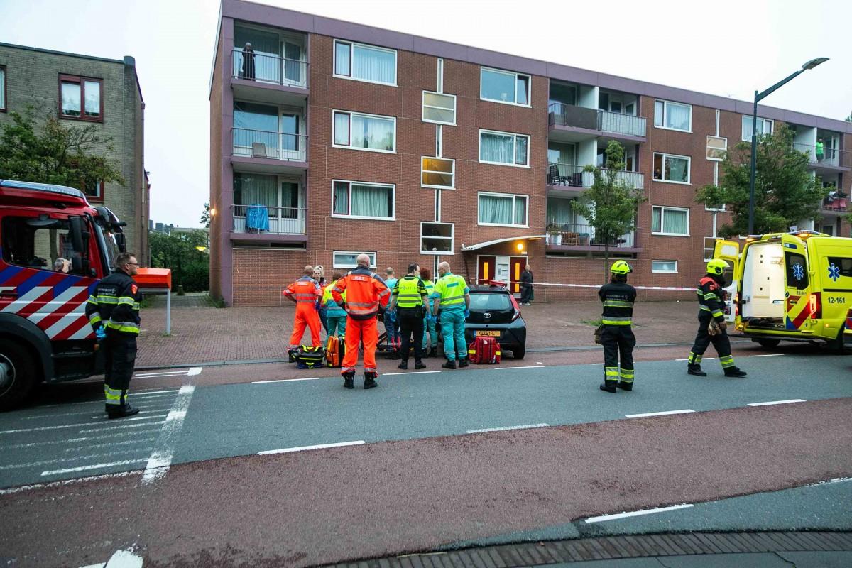 Automobilist ramt woning en raakt gewond Bernadottelaan Haarlem